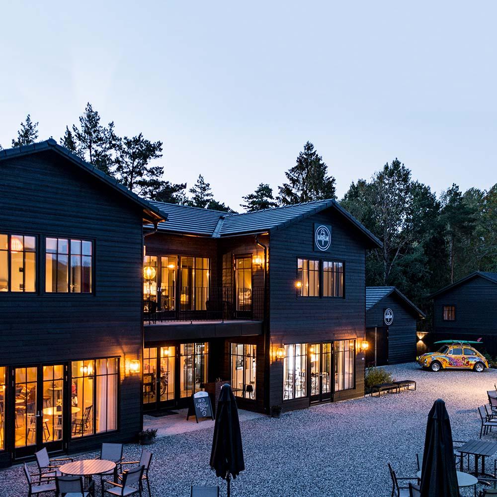 http://uploads.glassvillan.se/2021/10/Torleif-Svensson-0703_1000x1000.jpg